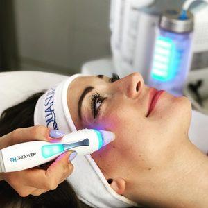 Royal Beauty - kosmetologia estetyczna - Oczyszczanie Wodorowe AQUASURE💦H2