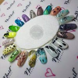 For Your Beauty Studio Pielęgnacji Urody  - Manicure hybrydowy z nadbudową