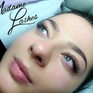 Madame Lashes Studio Stylizacji Rzęs - Przedłużanie rzęs metoda 2 D