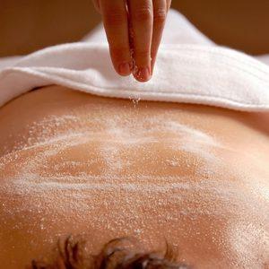 Pracownia Kosmetyczna Pracownia Fryzjerska - Oczyszczanie pleców