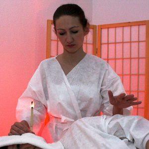 Studio Masażu i Terapii Naturalnej JuriMo - Świecowanie/Konchowanie uszu