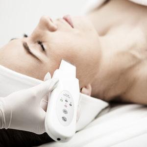 Klinika Urody Mona Lisa - Oczyszczanie kawitacyjne twarz ub dekolt lub plecy