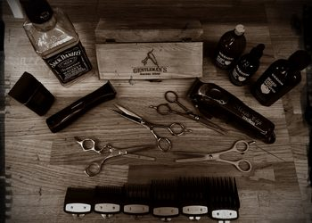 Gentleman's Barber Shop