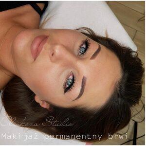Oliskova Studio - Makijaż permanentny Brwi