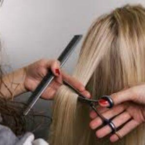 Art of Hair by Żaneta Pawlak - Strzyżenie damskie