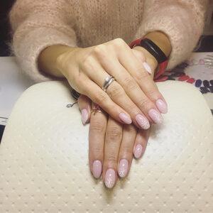 Beauty Secrets - Manicure Hybrydowy + dodatki