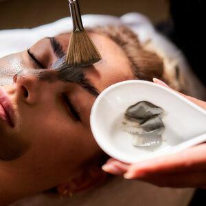 """Relax in SPA  - """"Być Kobietą..."""" masaż twarzy & ciała z maseczką"""