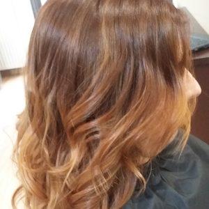 Studio Milion - Koloryzacja włosy długie (jeden kolor) + strzyżenie z modelowaniem